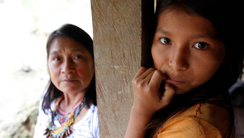Mujeres Awajún en Cenepa, Perú.