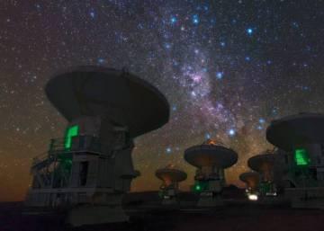 Un enorme vacío hace que nuestra galaxia viaje a dos millones de kilómetros por hora