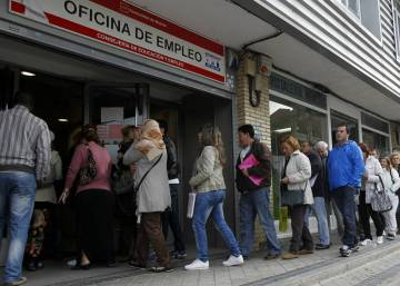 Brussels warns Spain about rising inequality and social exclusion