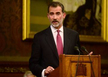 "Spain's King Felipe calls for Gibraltar ""dialogue"" during parliament speech"