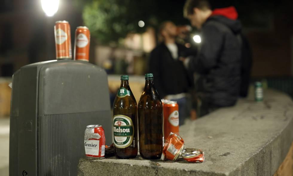 Los jóvenes se inician en el consumo de alcohol a los 13,8 años.