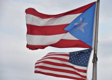 Obama signs Puerto Rico debt-relief bill
