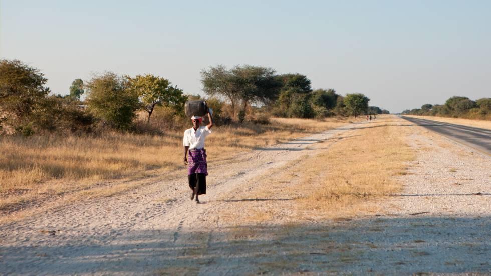 Camino a Rundu, en Namibia.
