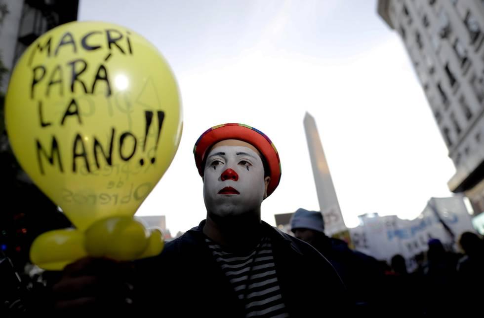 La nueva política migratoria argentina: control y exclusión