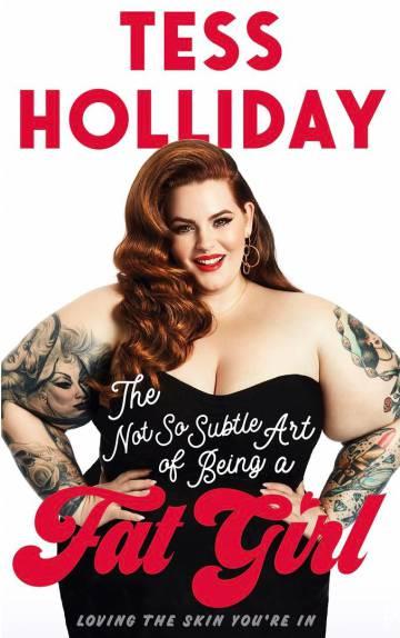 Tess Holliday, en la portada de su libro 'El nada sutil arte de ser una chica gorda'.