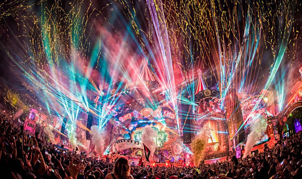 Tomorrowland Un Festival De Música Para Saborear Estilo