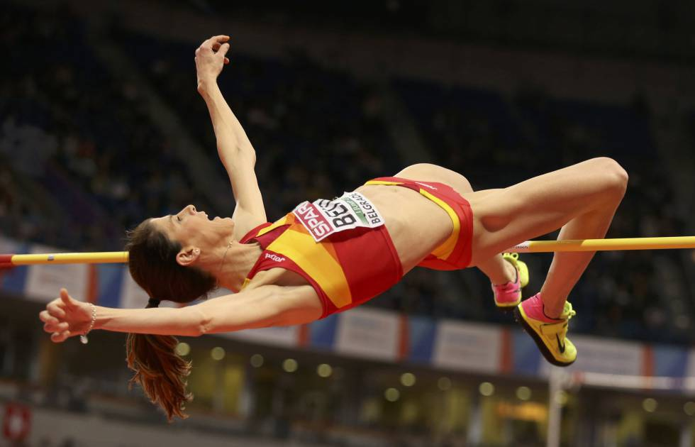 Ruth Beitia competing at the European Athletics Indoor Championship.
