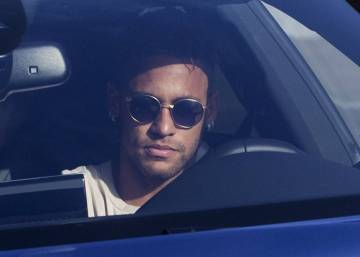 Neymar skips training session with Barcelona as likely move to Paris Saint-Germain looms