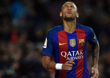 Spanish prosecutor calls for two-year jail sentence for Barça star Neymar