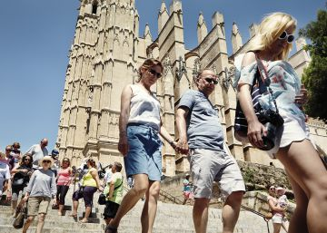 Cities for rent: the new reality of living with tourists in Spain