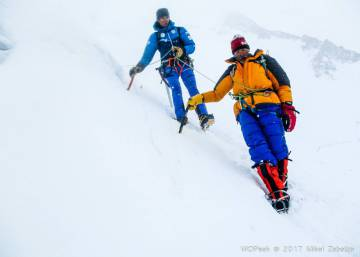 Spanish climbers pull off miraculous rescue of Italian on Himalayan mountain