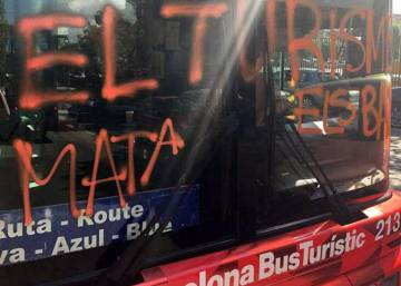 Angry business leaders slam Barcelona for slow response to attack on tourist bus