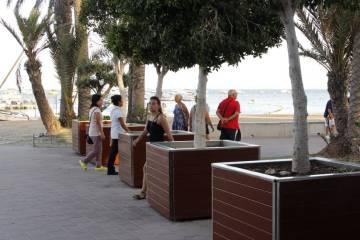 Planters installed on the boardwalk in Santiago de la Ribera.