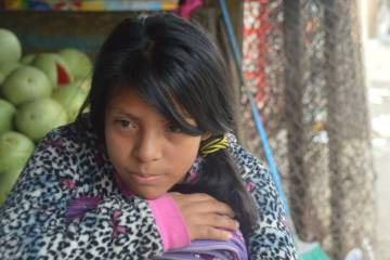 Niña trabajadora guatemalteca.