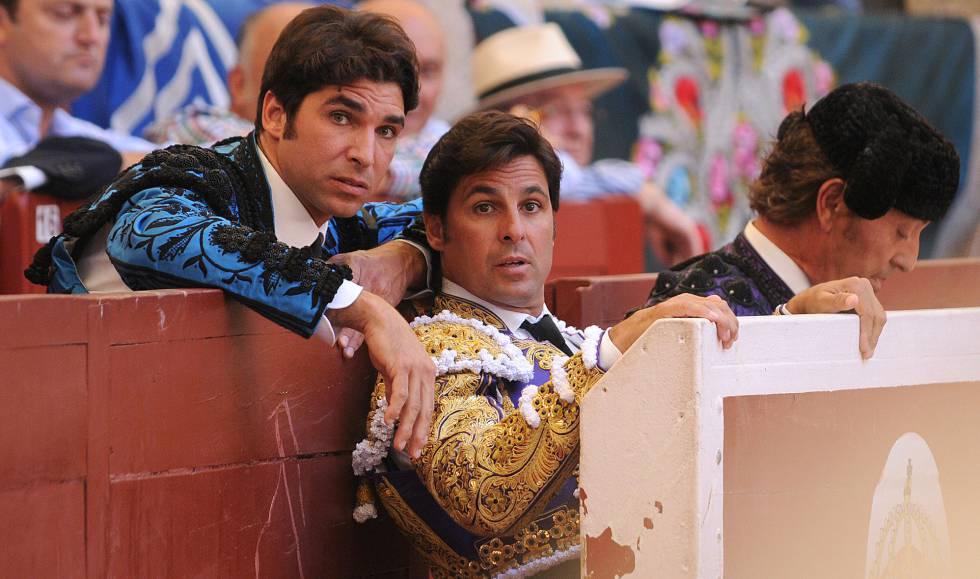 Los toreros Francisco y Cayetano Rivera Ordóñez durante una corrida de en la feria taurina de Pontevedra.rn