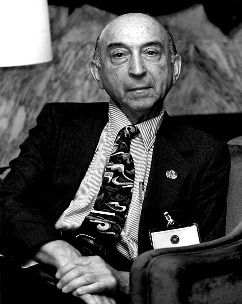 Fallece Lofti A. Zadeh, padre de la lógica difusa
