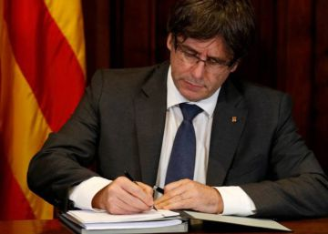 Prosecutors take action against Catalan officials after referendum law passed