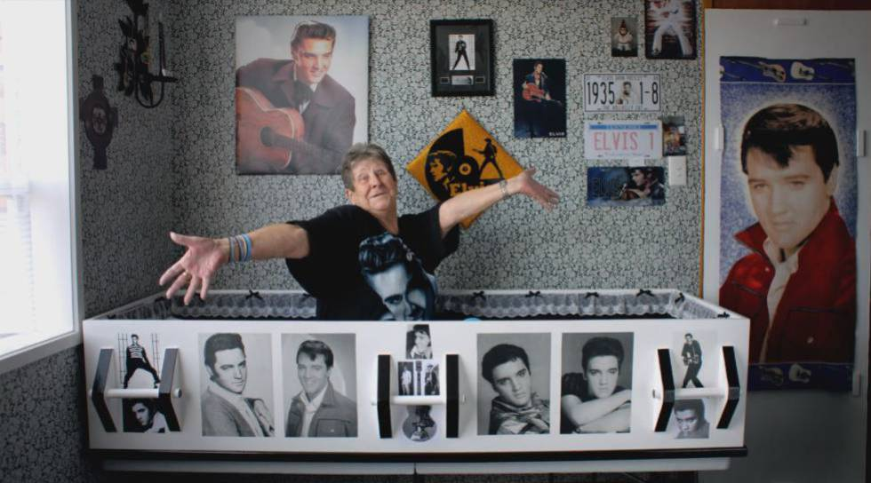 Raewynne Latemore, a fan of Elvis Presley, in the box she wants to be buried in.