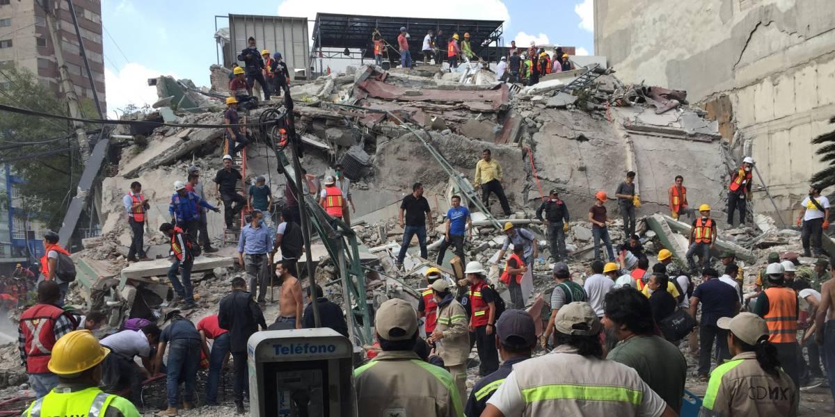 Al menos 138 muertos tras un fuerte terremoto en el centro de México