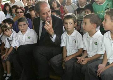 1d2718330571b Es la falda del uniforme escolar una prenda de discriminación ...