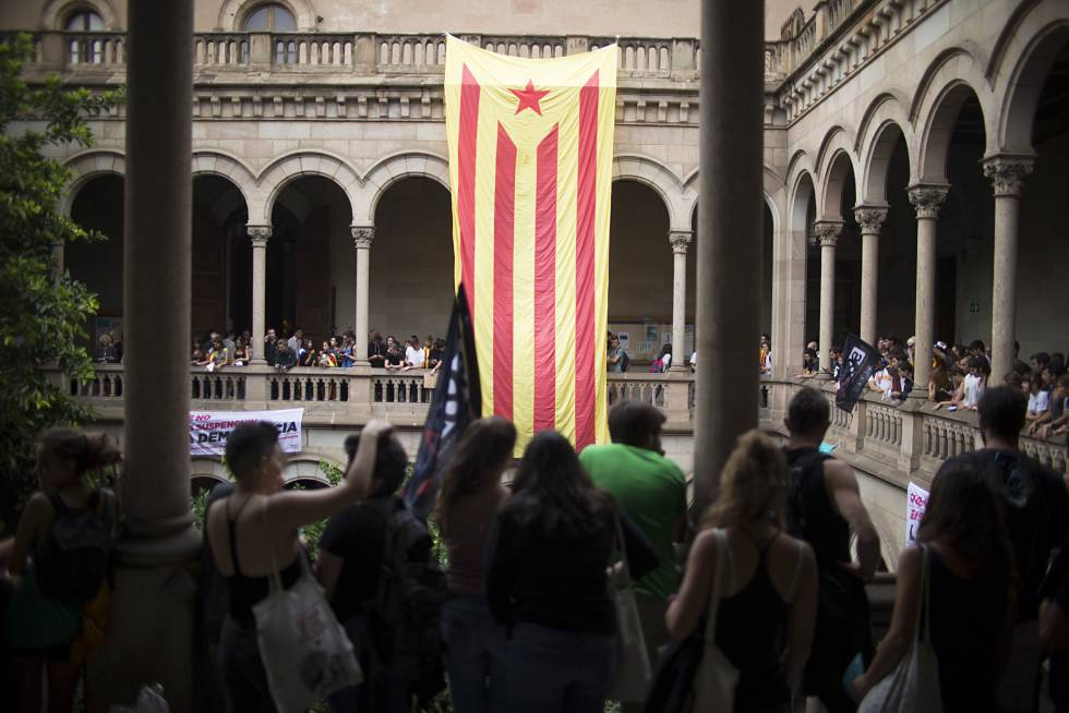 Students occupied Barcelona University on Friday to support the independence referendum.