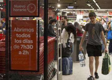 Why more Spaniards are now shopping around the clock