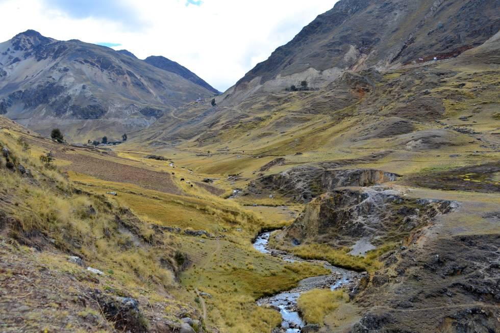 Los recorridos de Mountain Lodge permiten andar durante horas por el Valle Sagrado sin cruzarse con un solo turista.