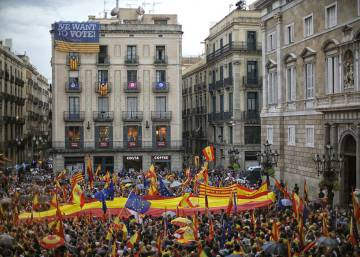 Thousands take to streets of Madrid to protest Catalan independence vote