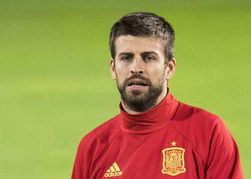 Should Piqué leave the Spain squad?