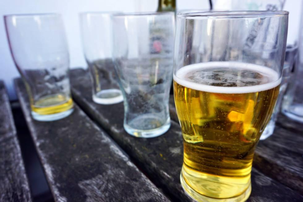 El alcohol se asocia al desarrollo de tumores incluso a niveles bajos de consumo.