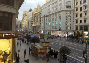 Madrid mayor pledges to make iconic Gran Vía a pedestrian zone
