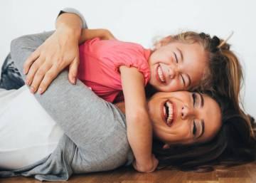 Resultado de imagen de Ternura en los niños con su mamá