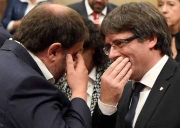 Catalan government seeks to buy time with mediation