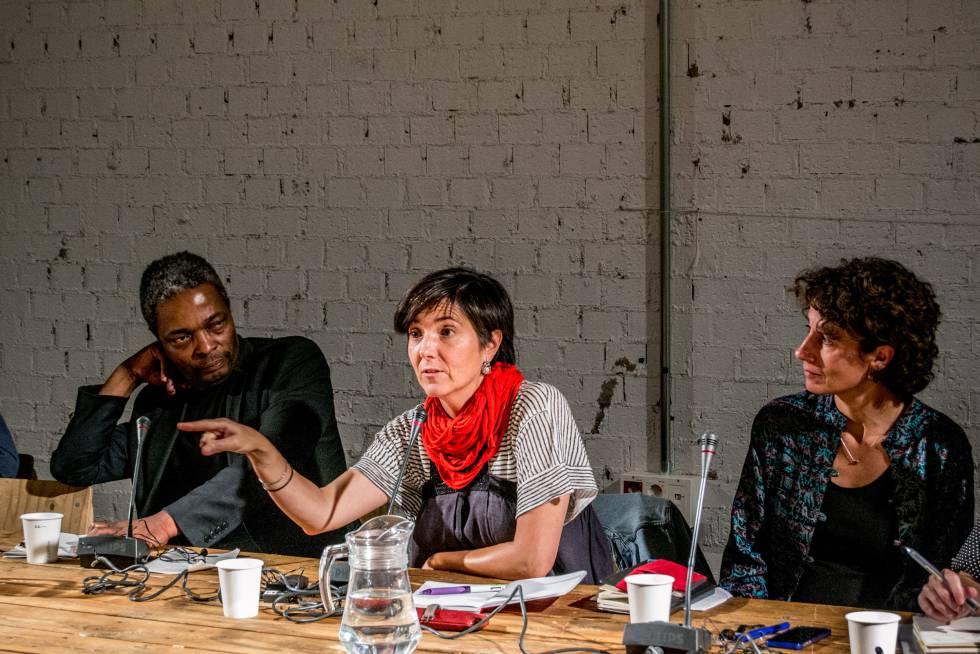 Paz Núñez (en el medio), durante el Seminario organizado en el marco del 2º Grigri Pixel.