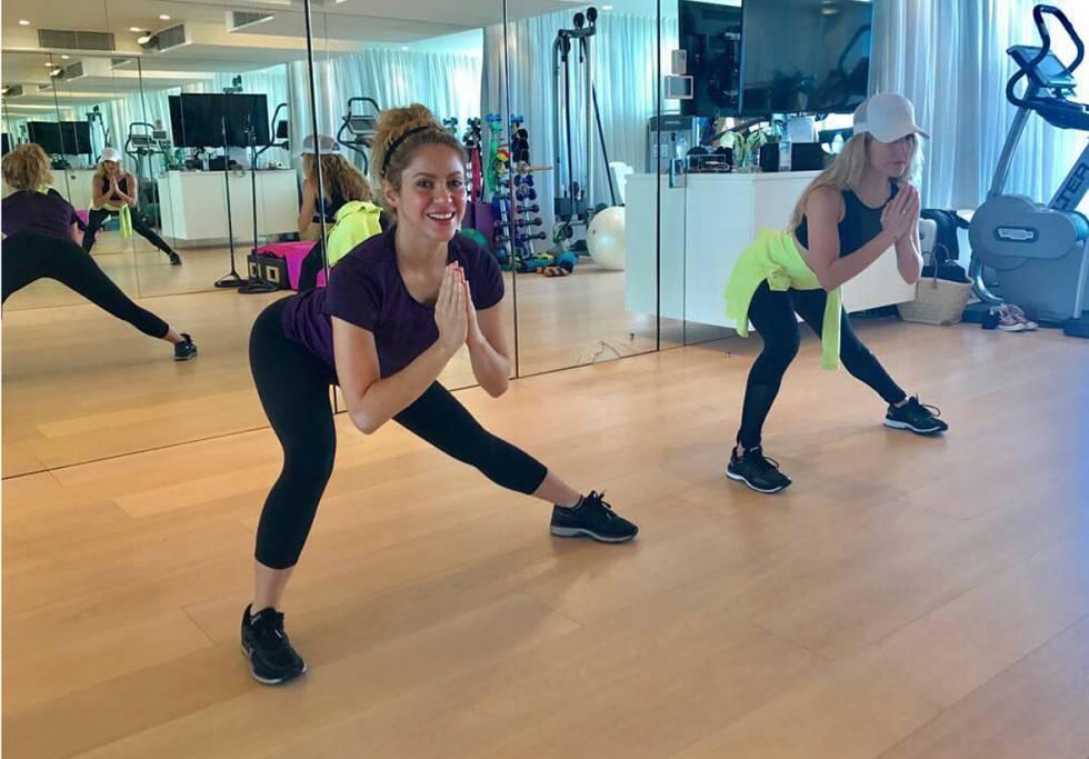 Shakira preparándose para la gira en el gimnasio.