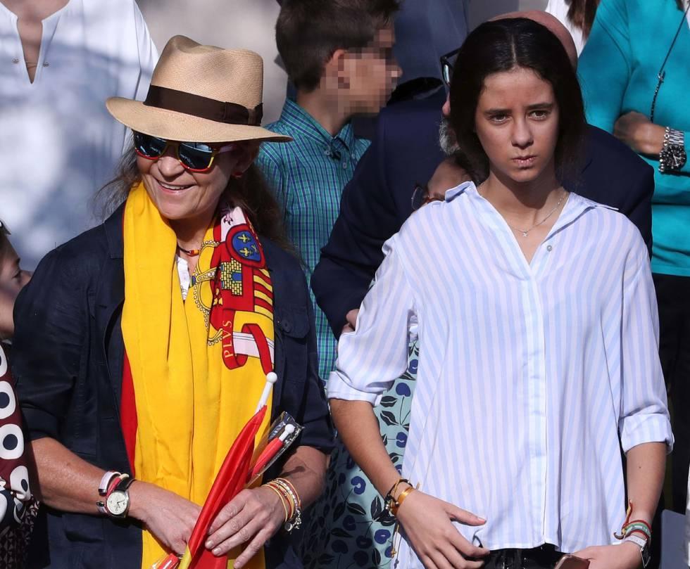 ¿Cuánto mide la Infanta Elena de Borbón? - Altura 1507891803_696477_1507892904_sumario_normal