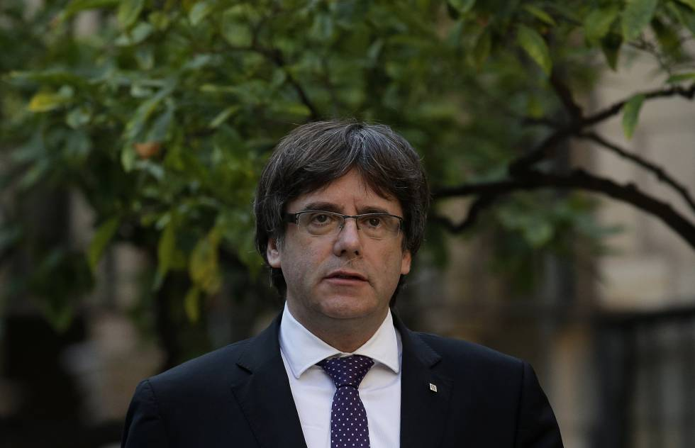 Catalan premier Carles Puigdemont has not backed down from his secession plans.