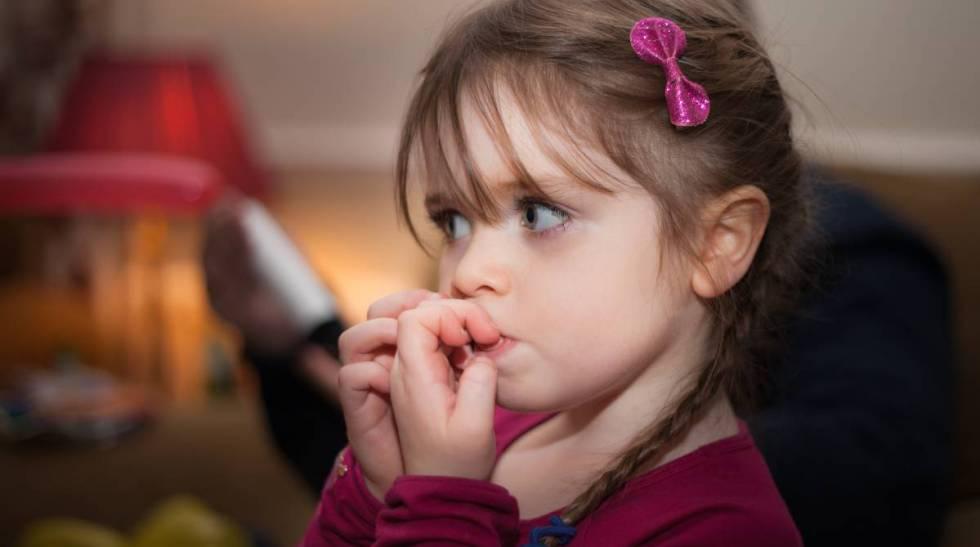 Onicofagia: ¿Qué hay detrás de que un niño se muerda las uñas ...