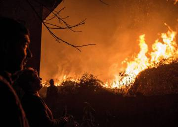 In photos: fighting Galicia's wildfires