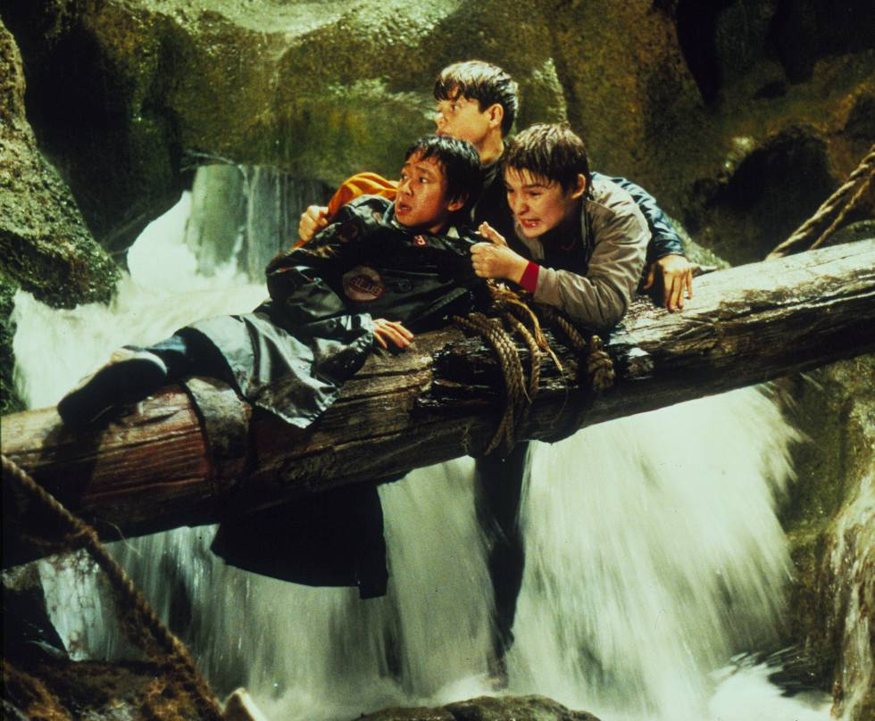 Corey Feldman (a la derecha) en uno de sus papeles más conocidos, en 'Los Goonies' (1986).