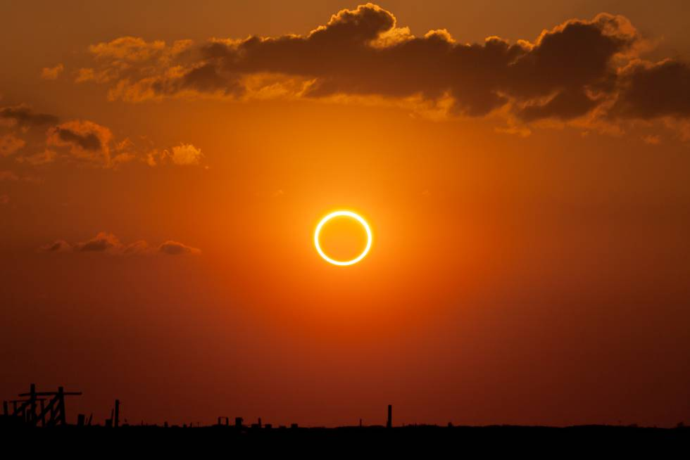 Eclipse solar anular captado sobre el cielo de Nuevo México (EE UU) el 20 de mayo de 2012.