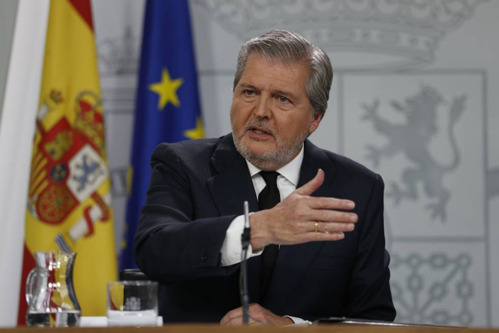 Spanish government spokesman Iñigo Mendez De Vigo during a Friday press conference.