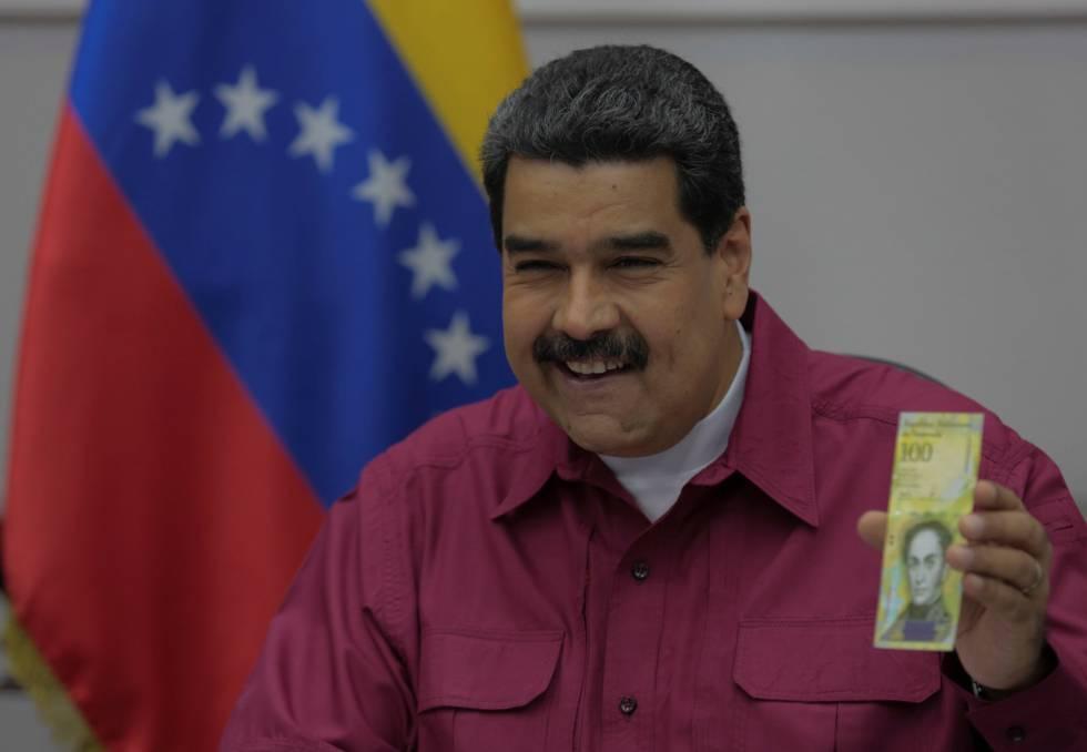 El presidente de Venezuela, Nicolás Maduro, durante la presentación del nuevo billete de 100.000 bolívares.