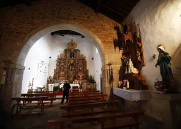 Spanish thieves find easy source of loot: unprotected churches