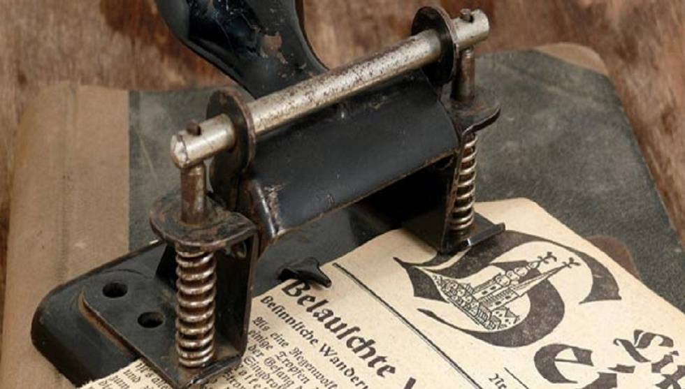 Historia de la perforadora de papel, ingeniería alemana al servicio doméstico