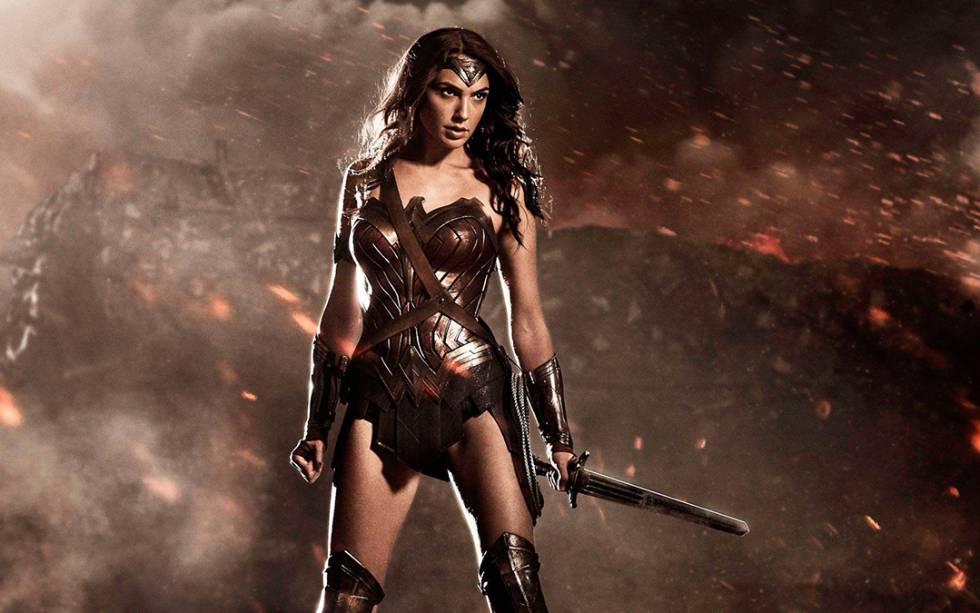 Una Wonder Woman feminista a la que le falta ropa y le sobran ...