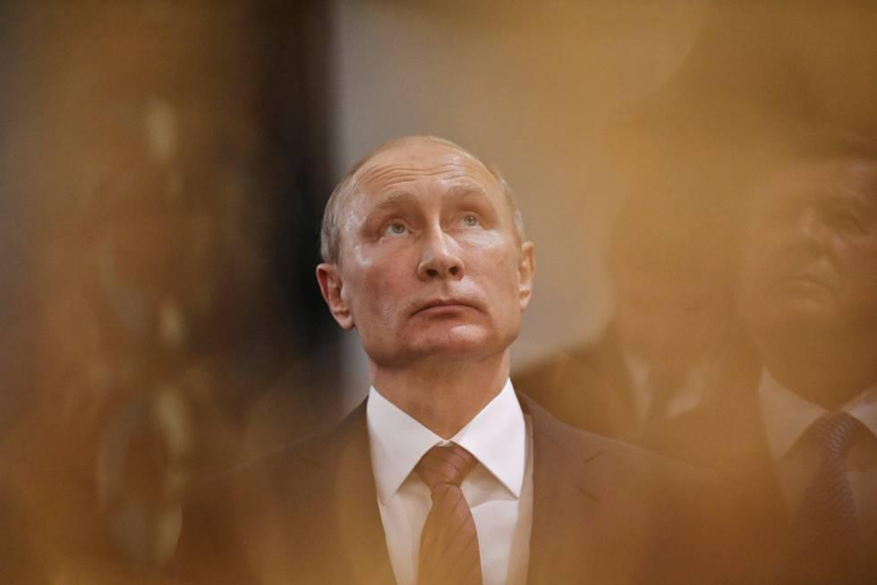 O czar Putin e o coroinha Rajoy