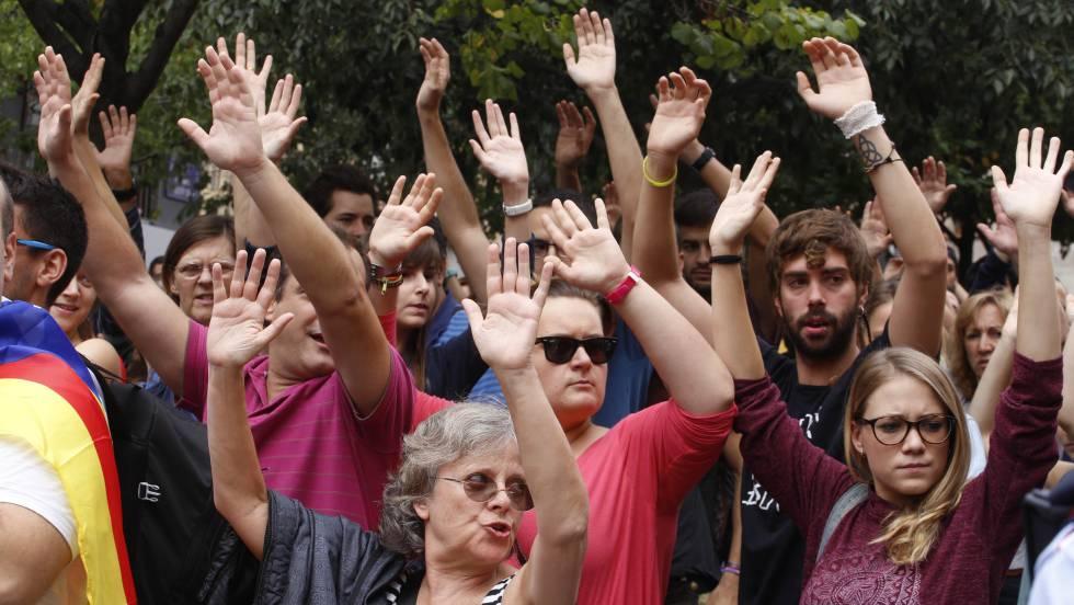 Manifestación en Terrassa en las protestas del 3 de octubre.