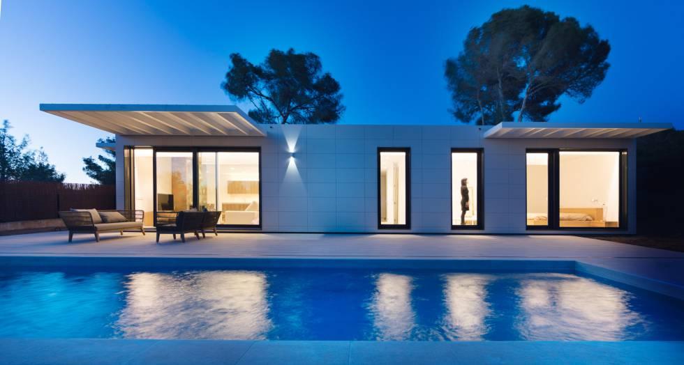 Vivienda del estudio In-Haus construida en Ibiza