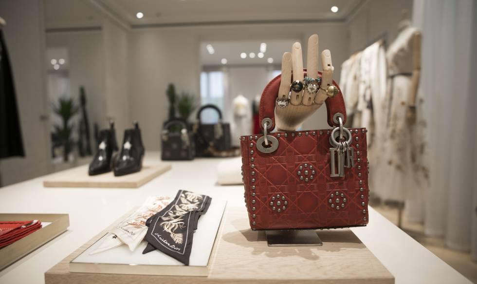 Una imagen de la reformada tienda de Dior en Madrid.
